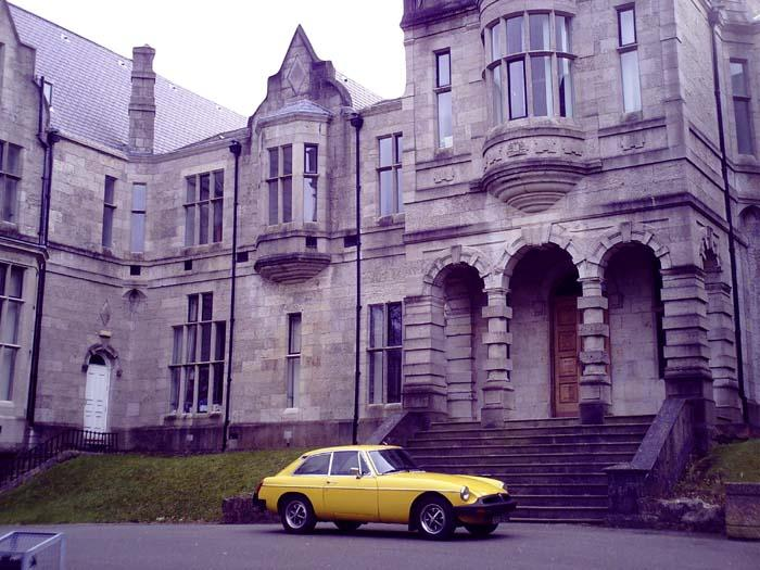 My BGT parked up in front of one of the many (UWB) university buildings.