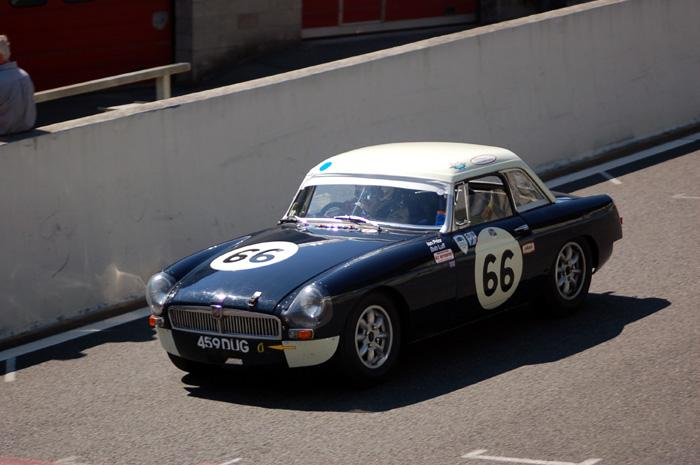 Bob Luff and Ian Prior during the 2-hour race in Spa-Francorchamps