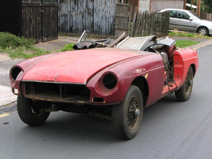 Our recently purchased 1974 MGB Roadster.  A long-term restoration project.  One day she will be beautiful......