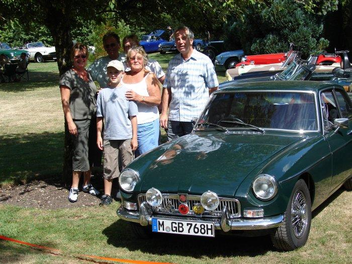 """""""Emma"""" reunited with her first owner's family at the 1020 Bournemouth & Poole Athelhampton House Gathering 2006 (36 yrs after having been sold)"""