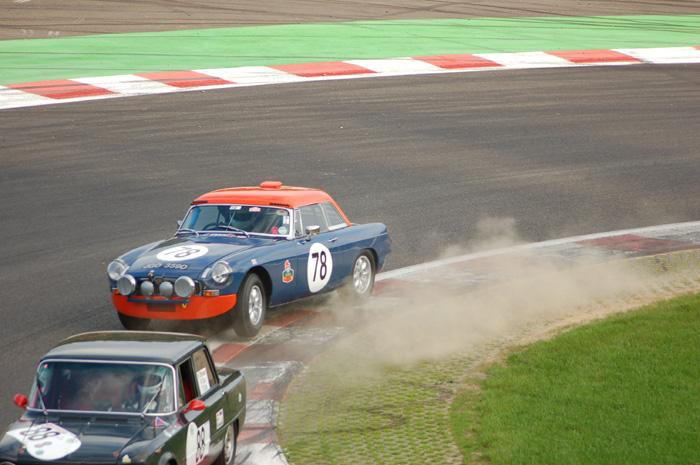 Six Hour endurance race - Who said Italians are well-mannered.....?