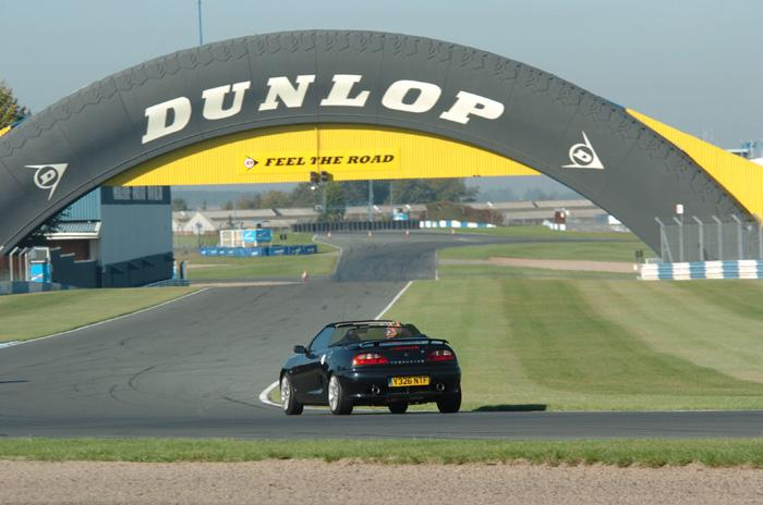 Me at Donington coming round Coppice Corner up to the Dunlop bridge