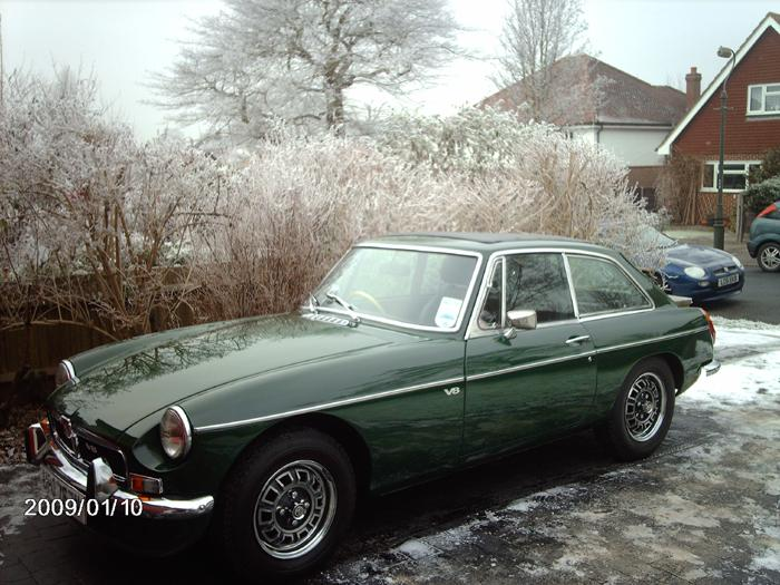 My new MGB GT V8 arrives at its new home