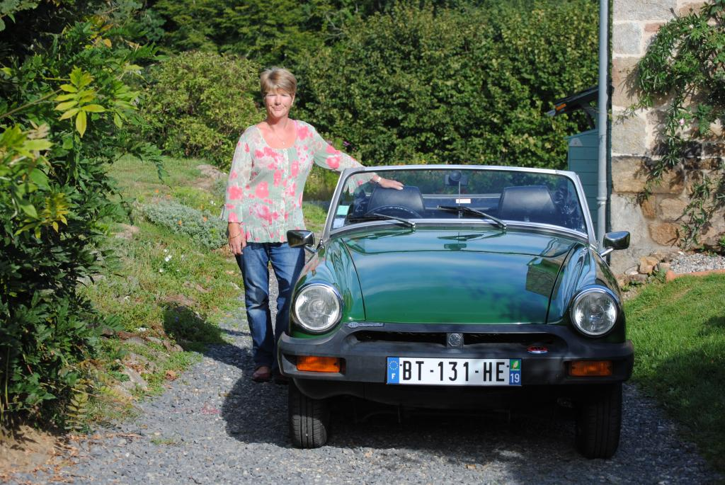 Look what I got for my birthday! My lovely husband Chris found Bidget in France, near where we live.1980, 15000cc, right hand drive, 27000 miles on the clock owned by another ex pat. She is beautiful, it is thirty one years since I last had a midget.