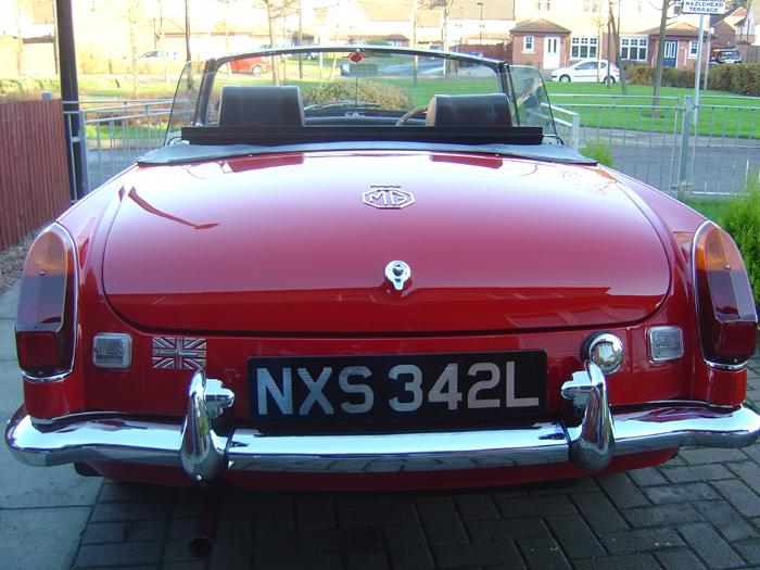 MY LOVELY MGB CLEANED AND READY FOR PLENTY SUMMER FUN!!!