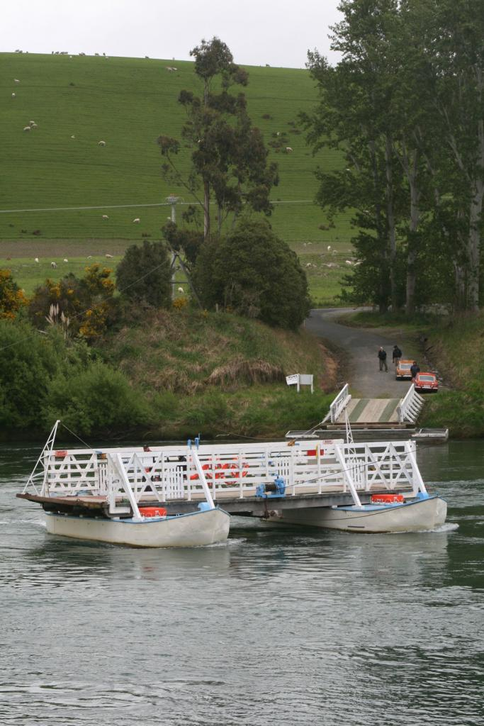MG weekend away on the TUAPEKA PUNT (Clutha River-New Zealand)